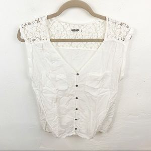 Garage l White Sleeveless Button Front Top